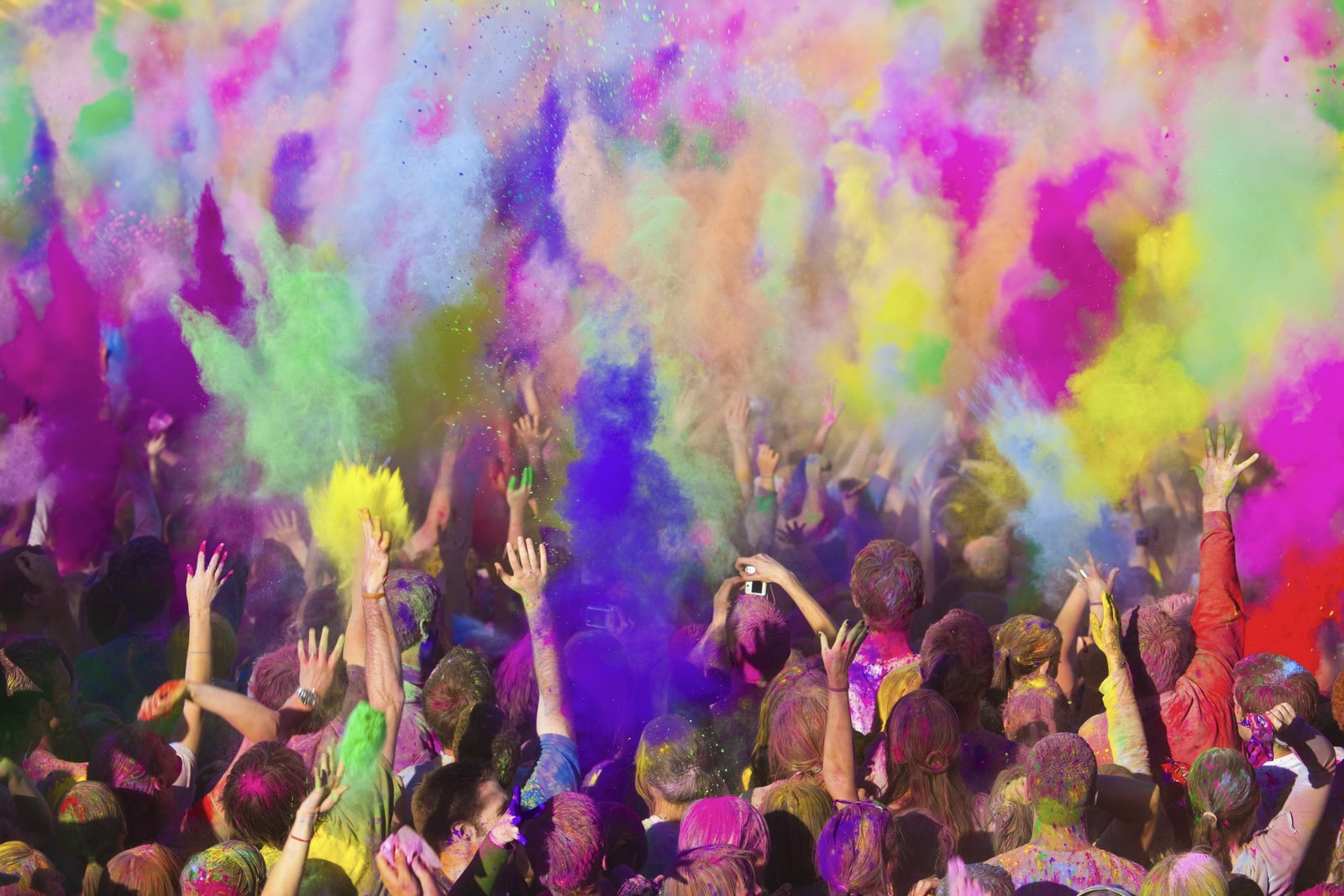 drones in los angeles with Fete Holi Inde on Futuristic Highway Patrol Unmanned Vehicles likewise Drone Schools California likewise Palacio Salvo Y La Avenida 18 De Julio Montevideo as well 16 Pictures Blurred Lines Model Elle Evans furthermore Fete Holi Inde.