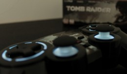 manette-ps3-tomb-raider-lara-croft-big-ben-interactive-photos-review