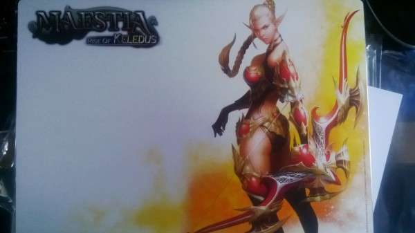 maestia-rise-of-keledus-tapis-souris-collector-concours-free-to-play-mmorpg