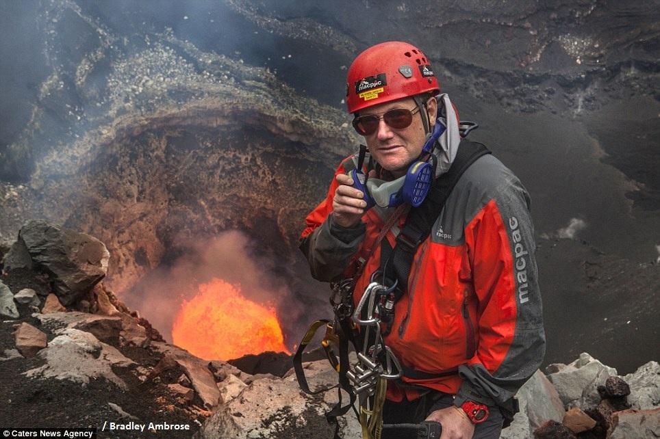 L'intérieur d'un volcan, ça ressemble à quoi ?