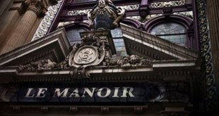 manoir-de-paris-dark-night