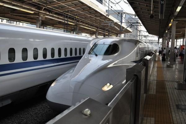 japon-shinkansen-fierte-japon