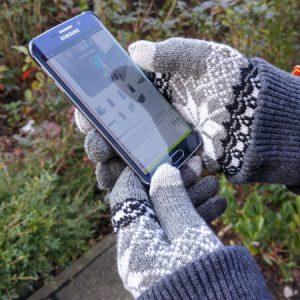 gants-tactile-proporta-gris-sombre-test-froid-mains-3