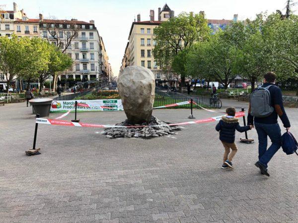 mehnir-lyon-parc-asterix-attention-menhir-obelix-concours-2
