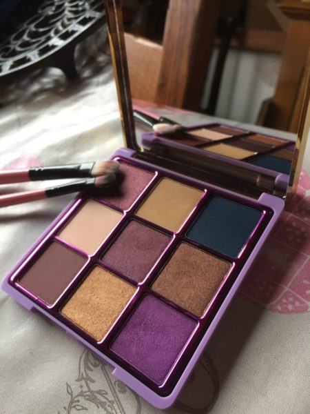 I-love-revolution-palette-artic-make-up-geek-is-beautiful-maquillage1